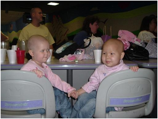 07-may-13-adelaine-and-payton-at-nathaniels-bowling-birthday-party