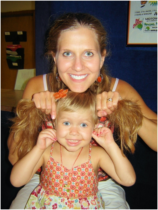 june-12-2007-adealine-and-mom-sharing-pig-tails