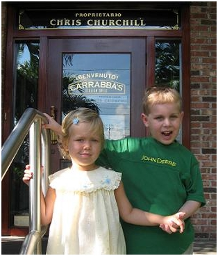 august-29-2007-fundraiser-adelaine-and-liam-at-their-fundraiser-at-carrabas